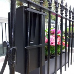 Decayeux DadGate Gates and Railings Post Box